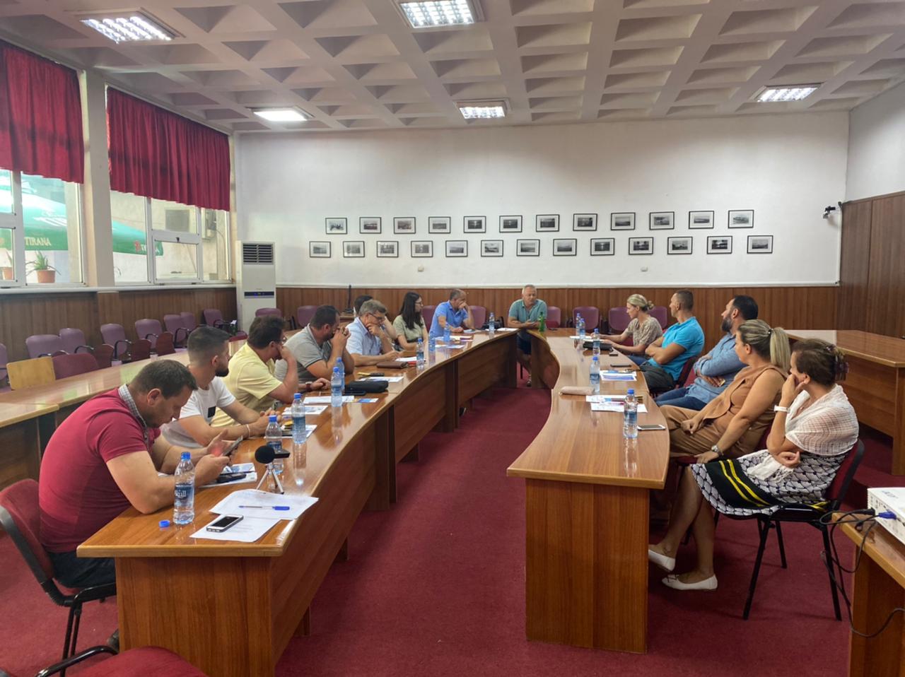 """""""Evidentimi i monumenteve kulturore, natyrore të qytetit të Pogradecit dhe hartëzimi i tyre në një sistem informatik gjeografik të të dhënave(GIS)të aksesueshëm nga vizitorët vendas dhe të huaj."""""""